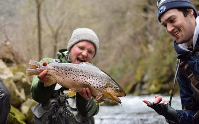 Fifty Fly Fishing Tips: #35 — How to Fish With Friends